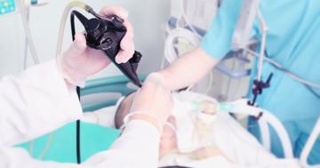 胆石が詰まって急性膵炎に、内視鏡手術の効果は?の写真