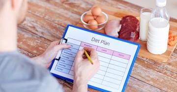 太っている人はカロリー摂食量を過少申告する?