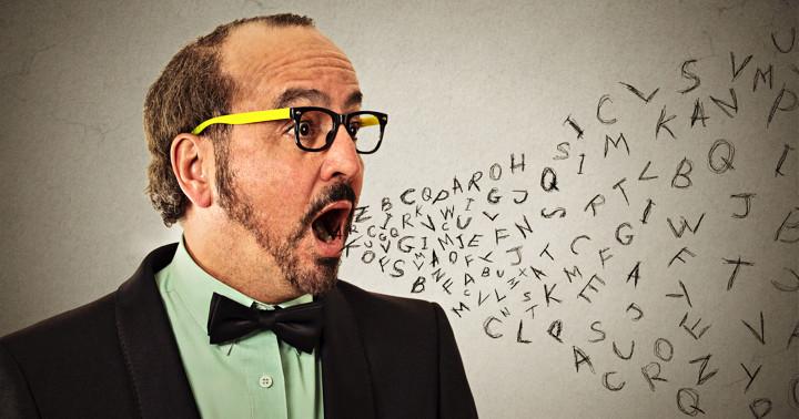 脳卒中による失語を治療、磁気刺激をしながら言語トレーニング の写真