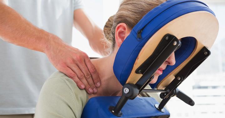 変形性頚椎症の痛みにマッサージは有効か? の写真