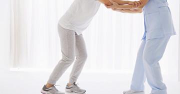 脳卒中患者はリズムに合わせて歩く練習をすると有効? の写真