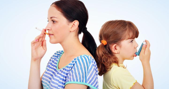 喘息の子どもは受動喫煙で入院が増加の写真