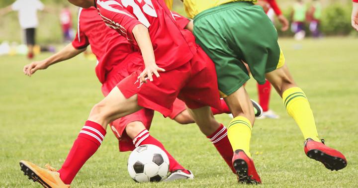大学サッカー選手のケガ予防法、FIFA11+ の写真
