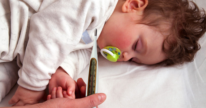 熱性けいれん発症前の発熱が短く、体温が低い場合、再発の危険性が増す の写真
