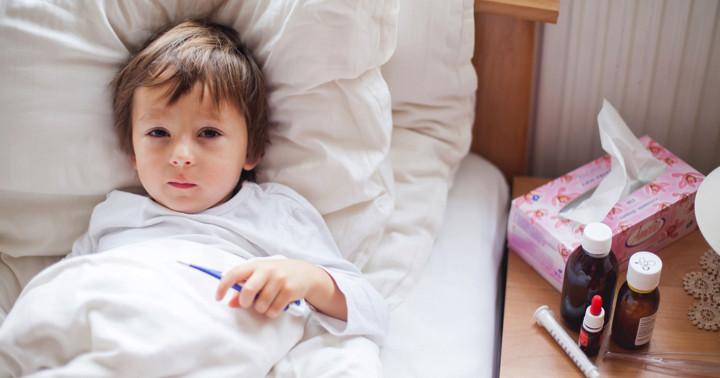 発熱のあと、手足の麻痺が…4歳男児を襲った「急性弛緩性麻痺」とは?の写真
