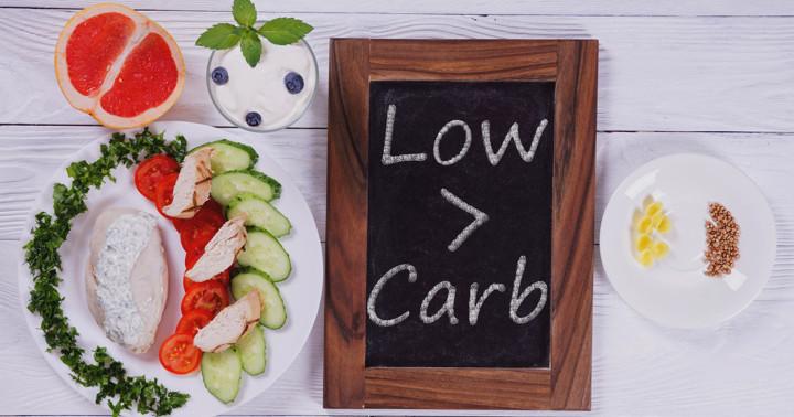 低炭水化物の食事は肥満に効果があるか?の写真