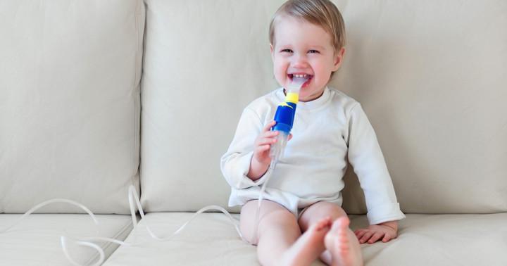 赤ちゃんの呼吸が苦しくなる「細気管支炎」を食塩水で治療?の写真