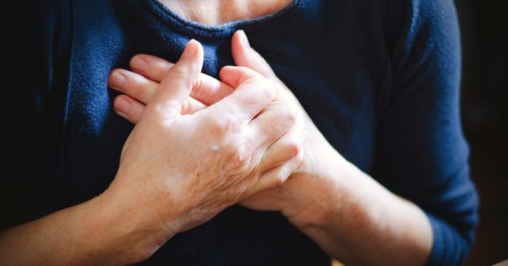 息が切れて歩けなくなる「肺高血圧」を治療、アンブリセンタンとタダラフィル併用の効果の写真