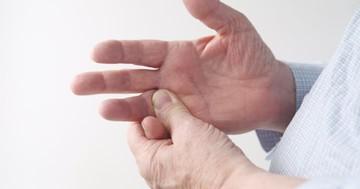 バネ指の治療に効くのは?の写真
