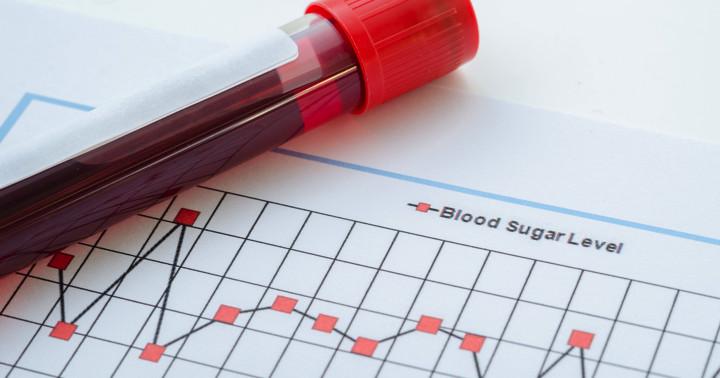 「立っている」状態は血糖の値を下げるか?の写真