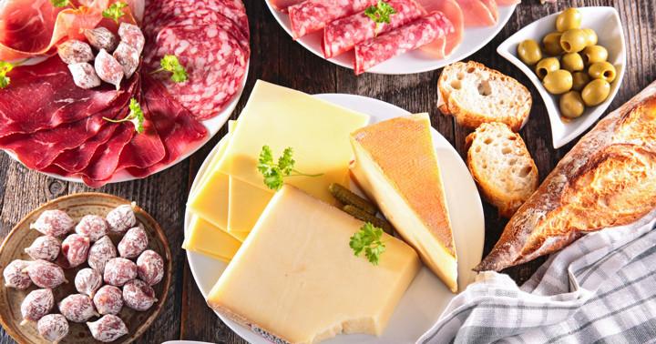 肉と乳製品、血糖値に与える影響はどちらが大きい?の写真