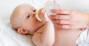 赤ちゃんの下痢・咳に、ラクトフェリン強化ミルクの効果は?の写真