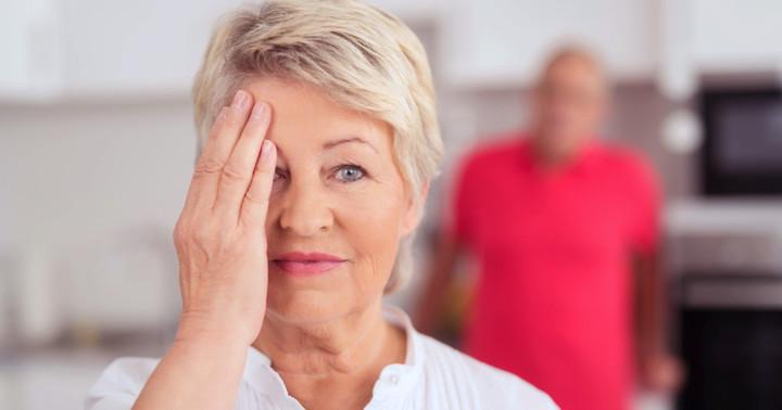 脳卒中後のバランス能力に、目を閉じてトレーニングを行った効果は?の写真