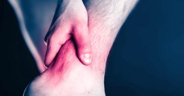 脳卒中によって足首が動かなくなったとき、電気刺激が有効?の写真