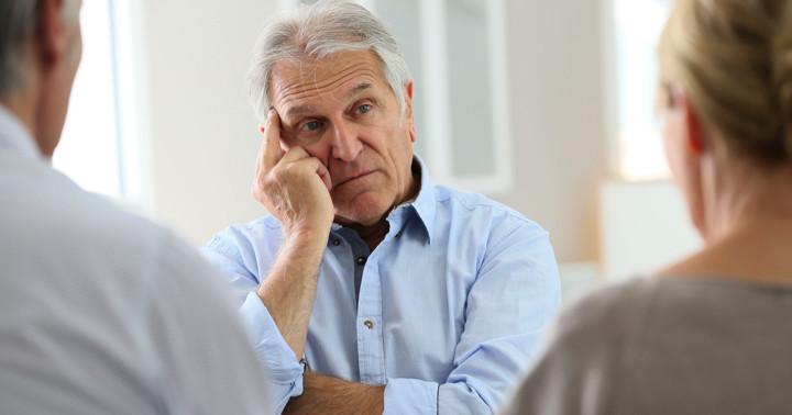 失語症の人はコミュニティ活動への参加が減るとうつが増える?の写真