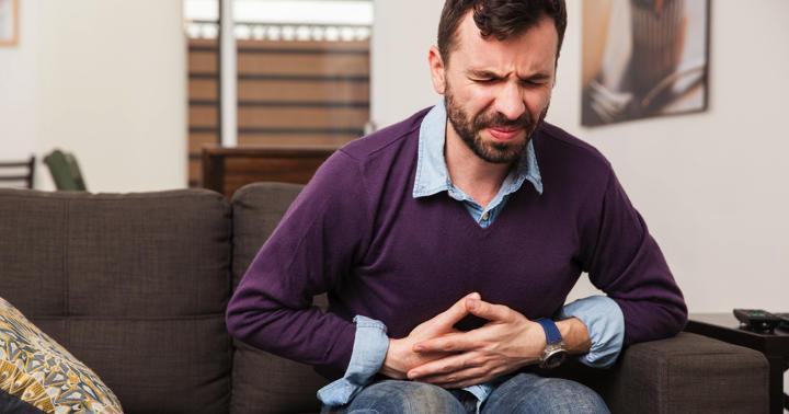胆石症の原因、症状、生活との関係についての写真