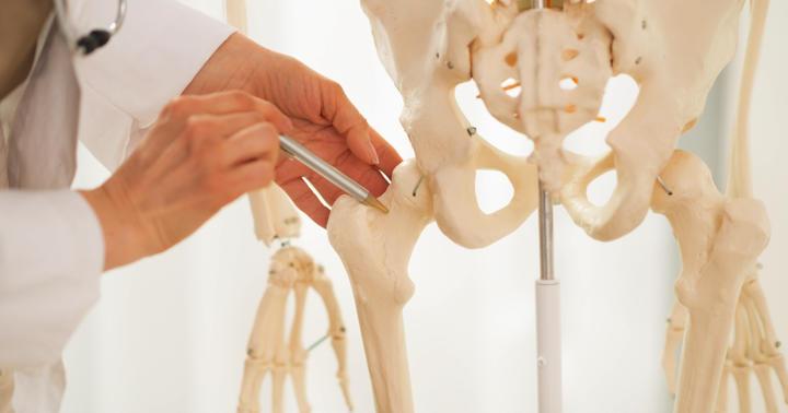 大腿骨頸部骨折・大腿骨転子部骨折とは:原因、症状、治療などの写真