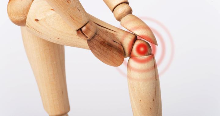 膝の痛みにサプリメントは効果なし?グルコサミン、コンドロイチンの効果について解説の写真