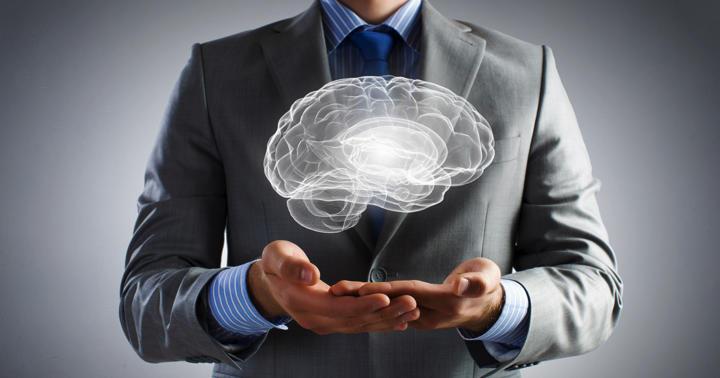 高次脳機能障害とは:症状の例とリハビリテーションの写真