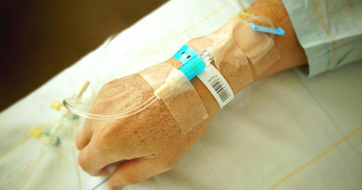 アスベストでできる「中皮腫」の抗がん剤治療、ベバシズマブ併用で効果増の写真