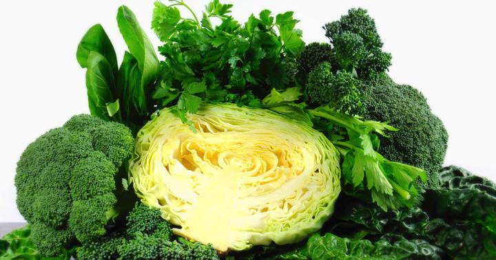 1日2回、ほうれん草・キャベツなどの葉物野菜を食べると緑内障が減る?の写真