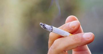 親がタバコを吸っていると子供のアレルギーが増える?の写真 (C) meskolo- Fotolia.com