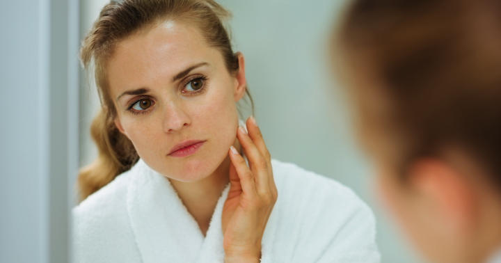 月経異常や不妊の原因に…「PCOS」で皮膚に現れる特徴とは?の写真