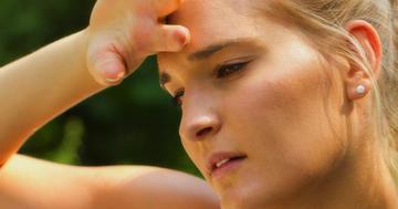 多汗、体重減少などの症状をチェック!バセドウ病の検査と診断について解説