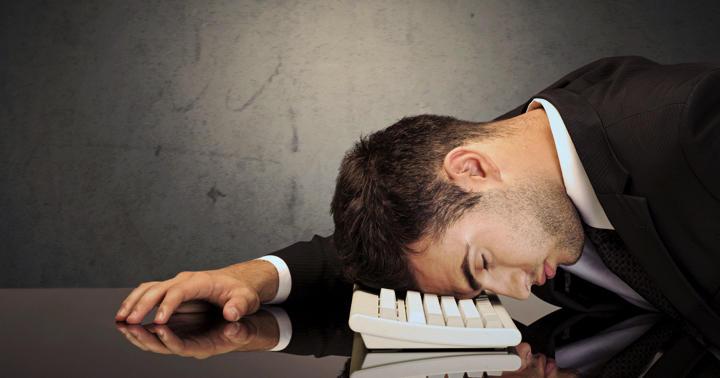 過眠症状を伴うナルコレプシーとその他の病気の違いについて解説の写真