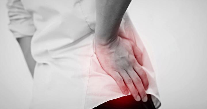変形性股関節症のリハビリ方法について解説の写真
