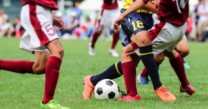 フットボール選手の足首の捻挫を予測できるか?の写真