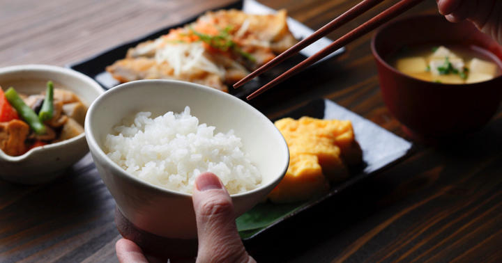 塩分が多い人は何を食べている?の写真