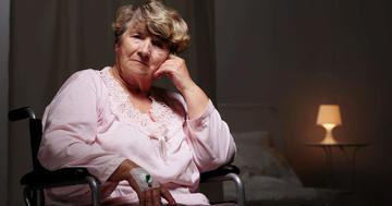 入院した高齢者で、不眠はどんな人に多い?の写真