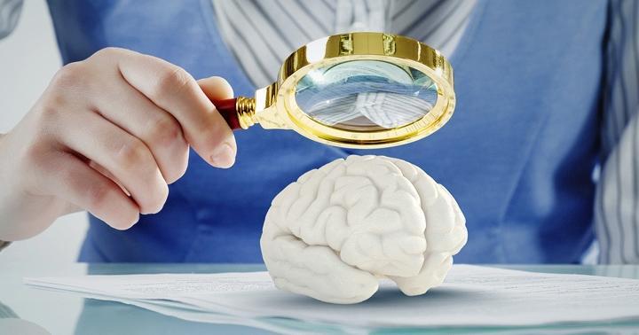帯状疱疹のウイルスが脳に侵入!脳炎の症状が現れた人の例の写真