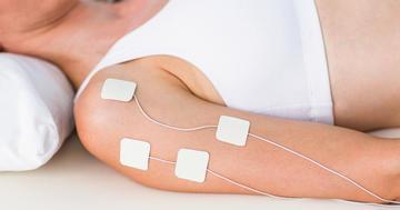 脳卒中後の腕の麻痺は電気刺激を行うことで改善する?の写真