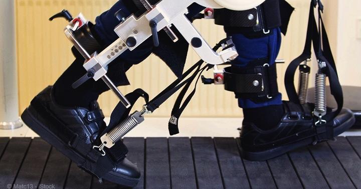 脳卒中の歩行にロボットトレーニングは有効?の写真
