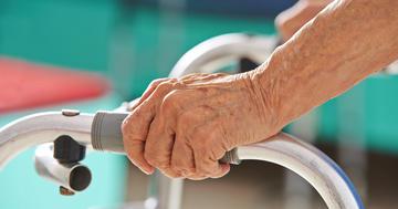 院内リハビリで再入院半減、肝移植後の3,072人を調査の写真