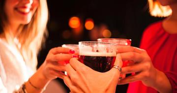 女子は危険!男子よりも少ない量のアルコールで中毒、入院にの写真