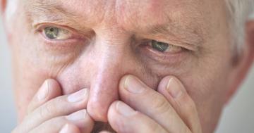 視野が欠け失明に、緑内障の手術「水晶体摘出」はレーザーより効く?の写真 (C) nebari - Fotolia.com