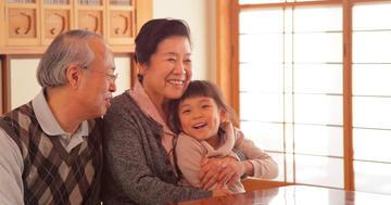 中高年で人生を楽しんでいる人は長生きだったの写真 (C) TakakoWatanabe - iStock
