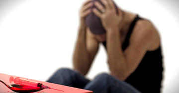 覚醒剤による性機能異常の特徴、35人の経験者のインタビューからの写真 (C) JenkoAtaman - Fotolia.com