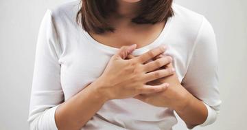 乳がんの手術のあと2か月以上痛みが残った人の特徴の写真 (C) Adiano - Fotolia.com