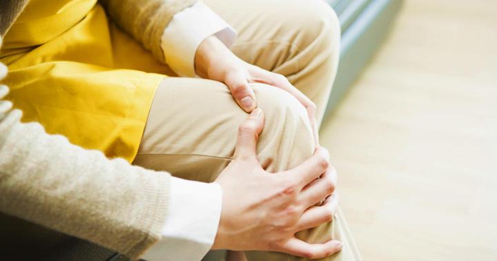 膝が痛い人がSkypeで運動レッスンを受けても効果はあるか?の写真