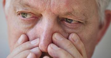 腸が飛び出した!50歳以上男性の鼠径ヘルニアはすぐ手術?の写真