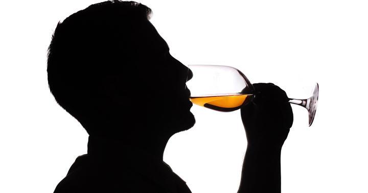 糖尿病で少しお酒を飲んでも血糖値は上がらない?の写真