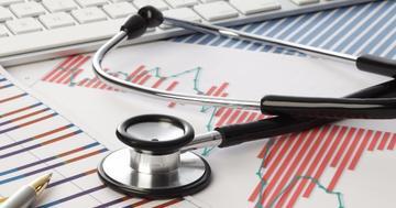 C型肝炎の薬は命を救うのか?「証拠がない」とする報告に対して
